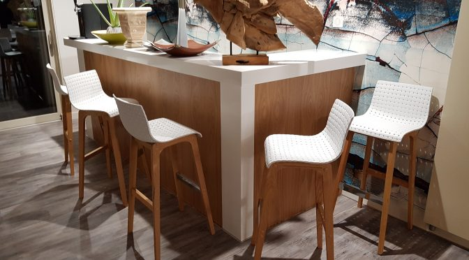 Pour votre agencement de salle à manger, une envie de mobilier design aux finitions soignées ? buffet, table à manger, bar, tout est possible !
